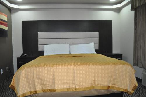 Downtown Suites Dallas/cotton Bowl - Dallas, TX 75223