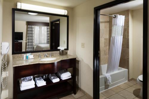 Hampton Inn & Suites Las Vegas South photo 15