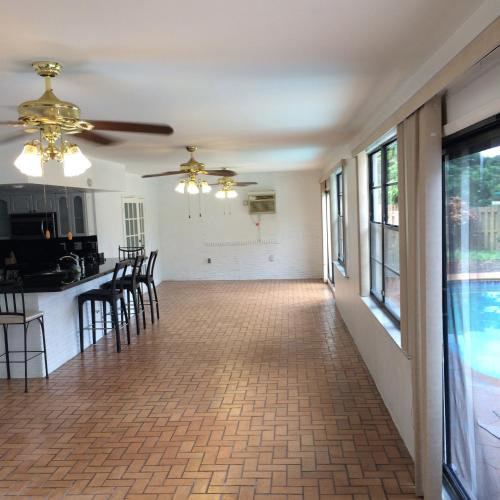 Tata's Hollywood Vacation Home - Hollywood, FL 33021