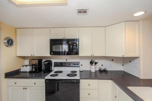 Plantation Club - Two Bedroom Condo - 528 - Hilton Head Island, SC 29928