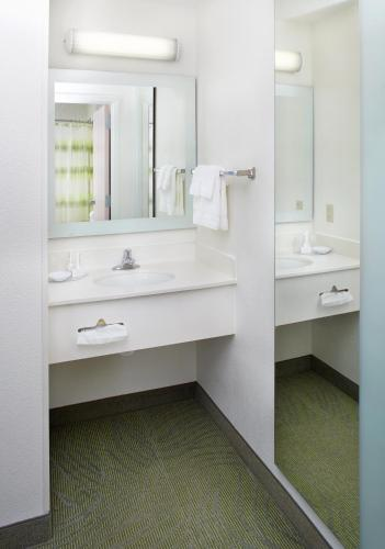 Springhill Suites By Marriott Pittsburgh Airport - Pittsburgh, PA 15275