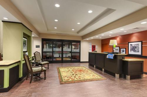 Hampton Inn & Suites San Luis Obispo Photo