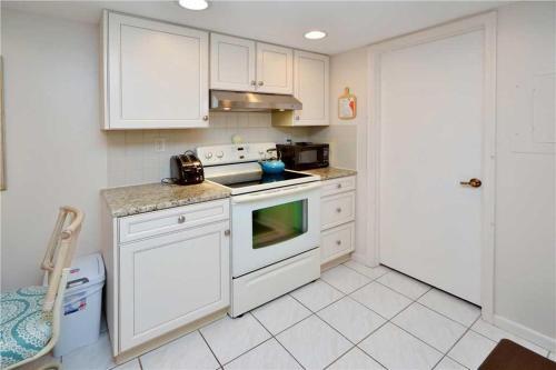 Bahia Del Mar - Two Bedroom Condo - P-401 - St Petersburg, FL 33715