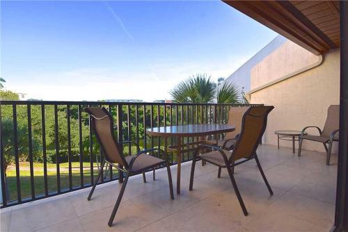 Midnight Cove Ii - Two Bedroom Condo - 432 - Sarasota, FL 34242