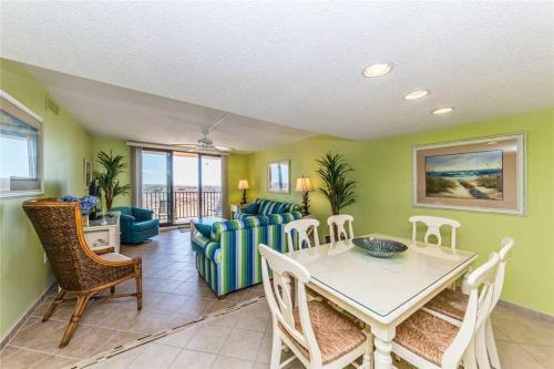 Island Club - Two Bedroom Condo - 2102 - Hilton Head Island, SC 29928