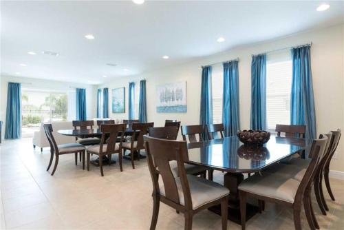 Reunion Holiday Escape - Ten Bedroom Home - Kissimmee, FL 34747