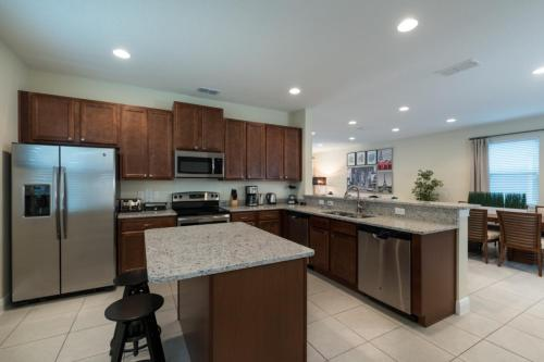 The Encore Club At Reunion - Six Bedroom Home - Ec034 - Kissimmee, FL 34747
