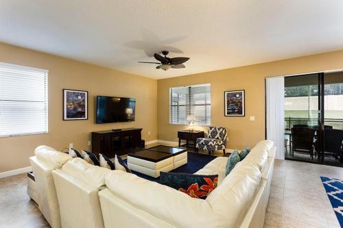 Champions Gate - Eight Bedroom Villa - Cg020 - Davenport, FL 33896