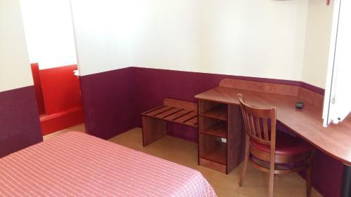 bonsa hotel d 39 orleans h tel parc d 39 activit s des. Black Bedroom Furniture Sets. Home Design Ideas
