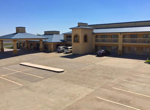 Americas Best Value Inn - Bishop / Kingsville - Bishop, TX 78343