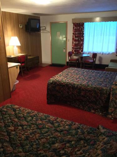 Cedars Motel - Ironwood, MI 49938