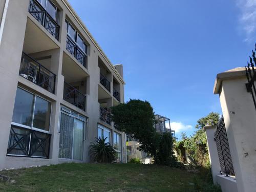 Beach Club Apartments Photo