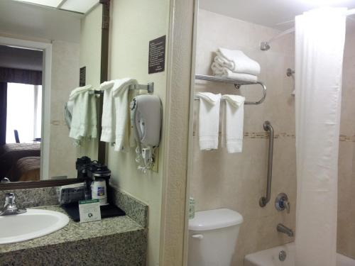 Quality Inn & Suites Airport/cruise Port South - Hollywood, FL 33020