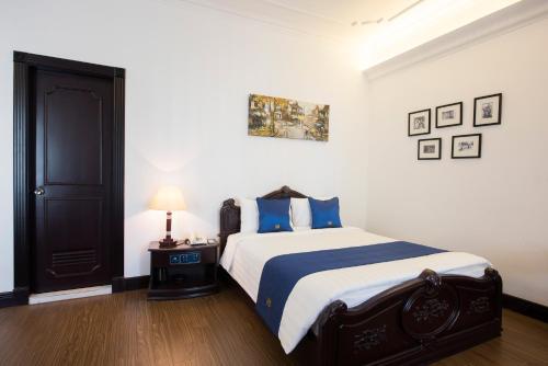 Hoa Binh Hotel photo 25