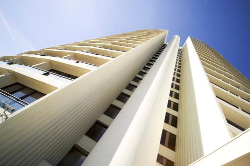 BreakFree Capital Tower Apartments photo 3