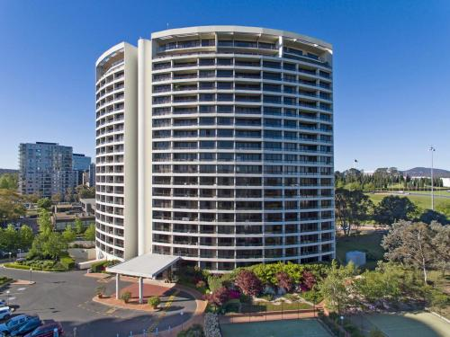 BreakFree Capital Tower Apartments photo 9