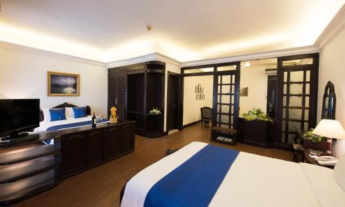 Hoa Binh Hotel photo 31