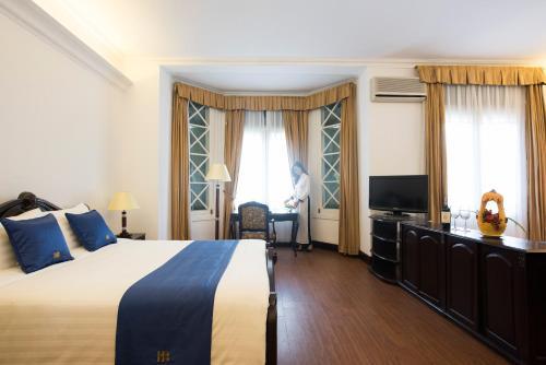 Hoa Binh Hotel photo 33