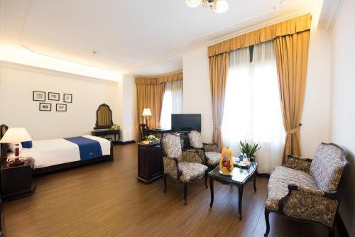 Hoa Binh Hotel photo 37