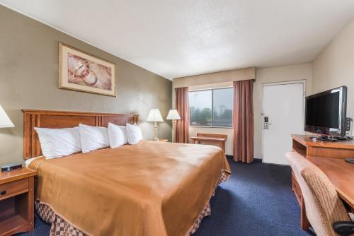 Travelodge By Wyndham Lancaster Amish Country - Lancaster, PA 17603