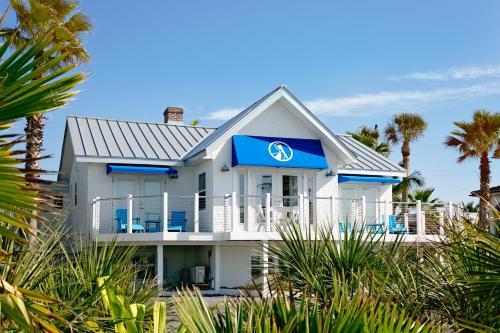 Inn on the Beach Photo