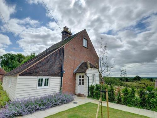 Holiday Home Sutton Hill