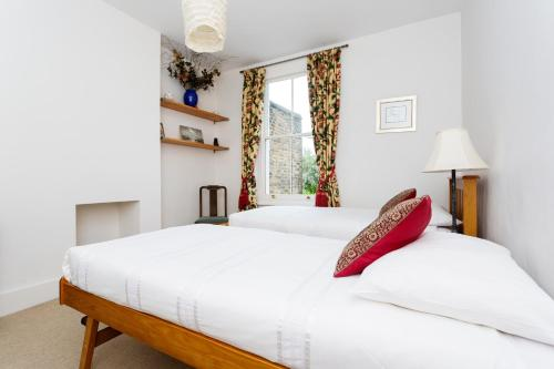 Veeve - Garden Cottage, 2 bed in Barnes photo 12