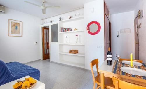 Hola Sitges Apartments photo 17