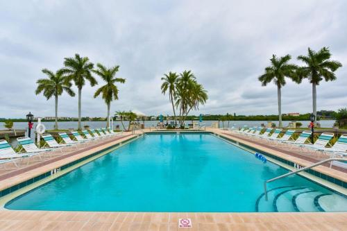 Palm Bay Club, Resort Community by Beachside Management Photo