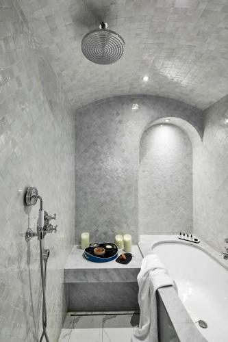Le Roch Hotel & Spa photo 51