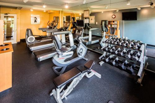 Red Lion Hotel Bellevue - Bellevue, WA 98004