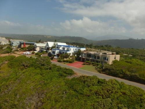 Shining Waters Guest House Photo