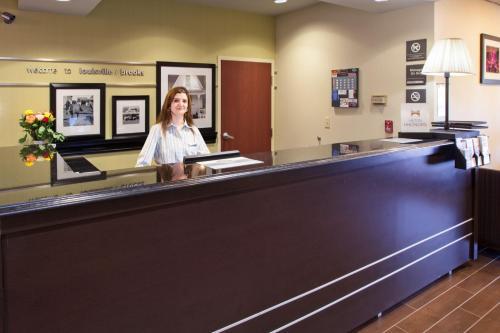 Hampton Inn Louisville I-65 At Brooks Rd. - Brooks, KY 40109