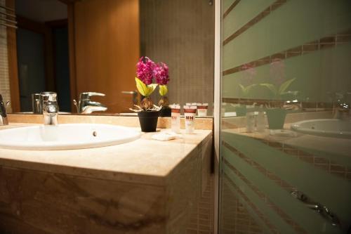 MH Apartments Gracia photo 7