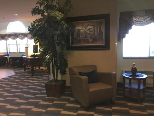 Microtel Inn & Suites by Wyndham Indianapolis Airport photo 12