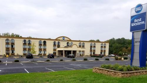 Best Western Hazlet Inn - Hazlet, NJ 07730