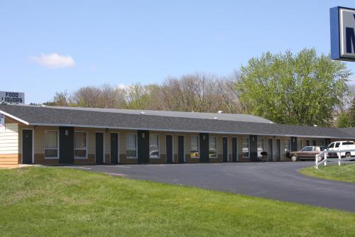 Viking Jr. Motel - Saint Peter, MN 56082