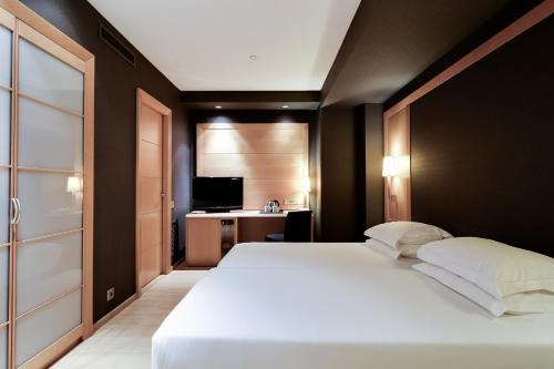 Hotel Barcelona Universal photo 70