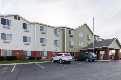 Motel 6 Lincoln Photo