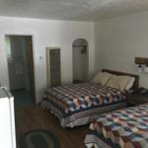 Dunsmuir Lodge Photo