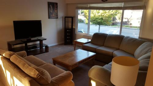 Furnished Vacation Home - Richmond, BC V6X 2V3