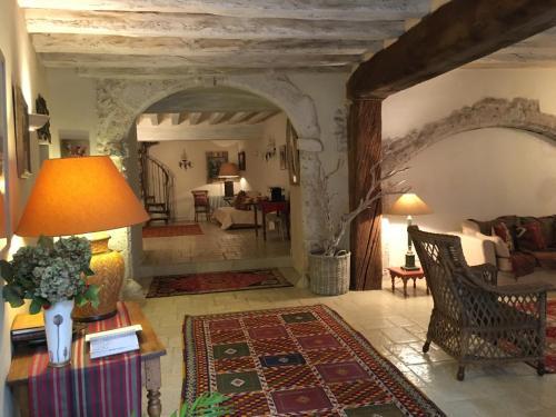 La maison d 39 ines location saisonni re 24 26 rue du puits chatel 41000 blois adresse horaire - Chambre du commerce blois ...