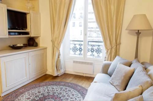 Apartment Ternes photo 5