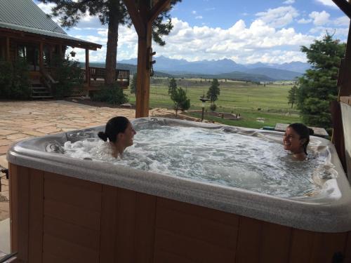 Elkwood Manor Bed & Breakfast - Pagosa Springs, CO 81147