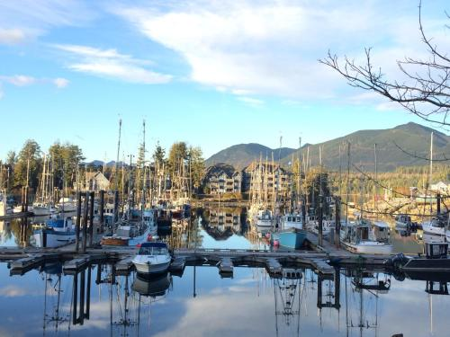 The Portside Condo - Ucluelet, BC V0R 3A0