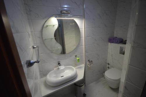 https://q-xx.bstatic.com/images/hotel/max500/870/87038555.jpg