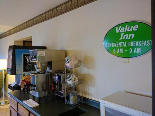 Value Inn Harrisburg-york - Etters, PA 17319