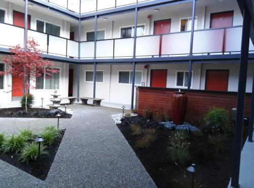 Seattle Furnished Apartments Queen Anne - Seattle, WA 98109