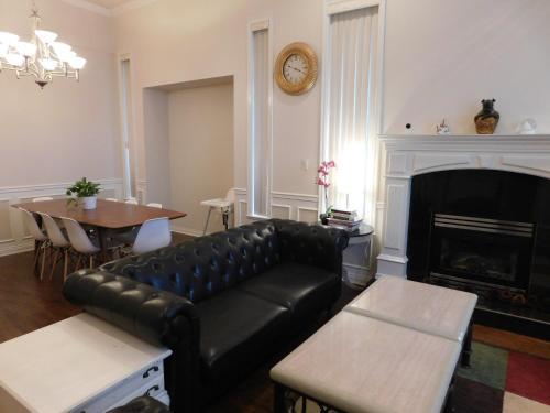 Richmond Luxury House - Richmond, BC V7A 2A3