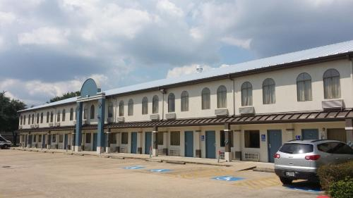 Days Inn and Suites Webster NASA-Clear Lake-Houston Photo